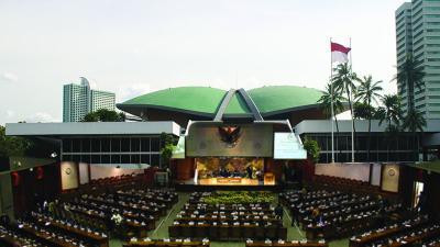 Masuk Ruang Sidang Tahunan MPR-Presiden Wajib Swab Test
