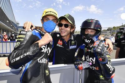 Selain Adik Rossi, Ducati Dekati Pemimpin Klasemen Sementara Moto2