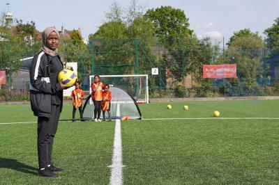 Jawahir Roble, Muslimah Wasit yang Berharap Menembus Premier League