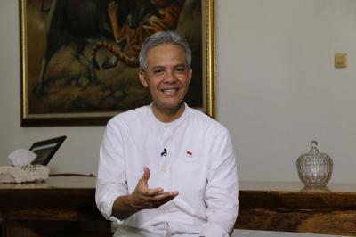 Ganjar Pranowo Berbagi Cerita Politik Kesehatan Masyarakat Jateng di The Alpha Live