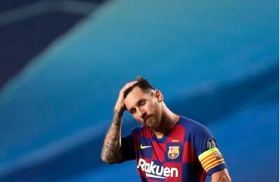 Terduduk Lesu, Begini Kondisi Messi Usai Barcelona Dibantai Bayern