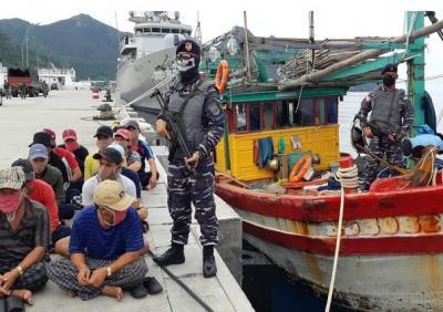 Kapal Perang RI Diintimidasi <i>Coast Guard</i> Vietnam