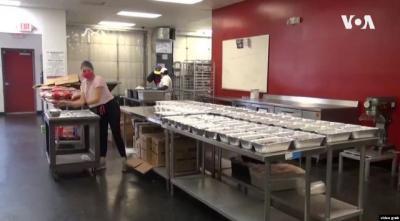 Koki-Koki Amerika Pasok Makanan Halal untuk Keluarga Muslim Terdampak Covid-19