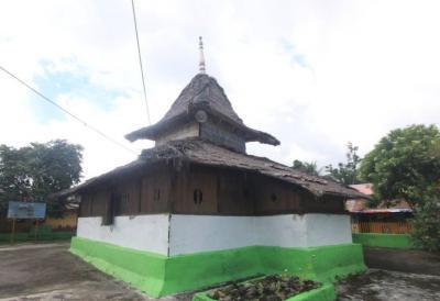 Wapauwe, Masjid Kuno di Maluku yang Pernah Berpindah Sendiri