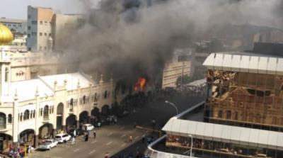 Masjid Bersejarah Berusia Seabad Lebih Ludes Terbakar