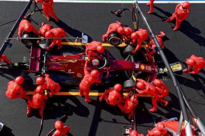 Charles Leclerc: Ferrari Sangat Lamban!