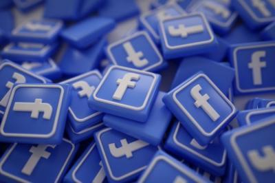 Facebook Akan Tutup Grup yang Sebar Hoax dan Konspirasi