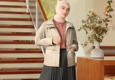 3 Gaya Hijab untuk WFH ala Ayudia Chaerani, Minimalis dan Stylish