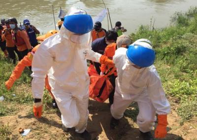 Terpeleset, Remaja di Bekasi Tewas Terseret Arus Sungai Citarum