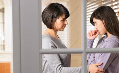 Anak Zaman Sekarang Dinilai Kurang Menghargai Orangtua?