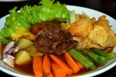 Jalan-Jalan ke Solo, Jangan Lupa Cicipi 5 Kuliner Legendaris Ini
