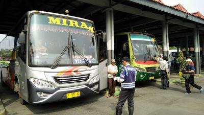 Waduh, Operator Angkutan Darat Rugi Rp15,9 Triliun per Bulan Gegara Corona