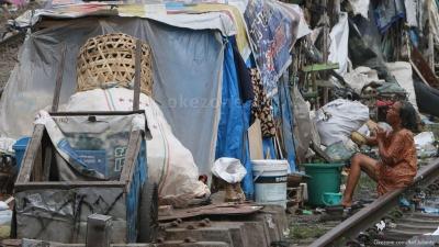 Indonesia Terancam Resesi, Orang Miskin Makin Banyak