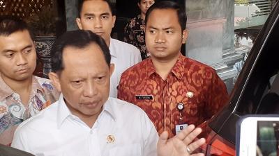 Tito Usul Masker dan APD Diwajibkan Jadi Alat Peraga Kampanye