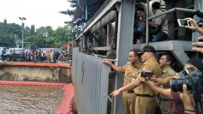Antisipasi Banjir di Jakarta, Gubernur Anies: Pintu Air Sudah Diatur