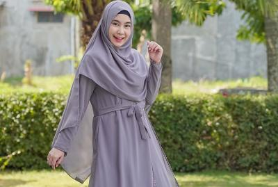4 Gaya Hijab Syari Anisa Rahma Eks Personel Cherrybelle, Makin Memesona!