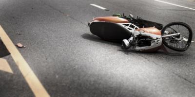 Sebuah Mobil Tabrak Tiga Motor Sekaligus di Bogor, Satu Tewas
