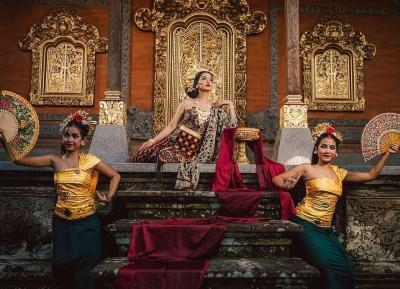 Tersihir Pesona Raline Shah bak Bidadari di Museum Rudana Bali
