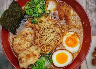 Mau Coba Mi ala Korea? Masak Chicken Curry Ramen, Yuk!