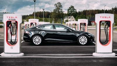 Tesla Produksi Baterai Mobil Listrik Murah Paling Cepat 2022