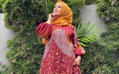 Chintami Atmanegara Laporkan Balik Teman Anaknya