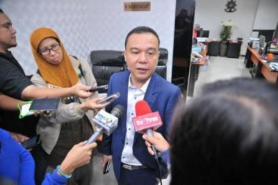 Pesan Pimpinan DPR untuk Pemerintah Terkait Umrah Dibuka Lagi