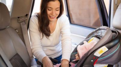 Car Seat Menghadap Belakang Diwajibkan untuk Anak dengan Berat 12 Kg