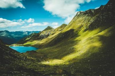Alquran dan Sains Jelaskan Alam Semesta Makin Luas