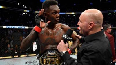 UFC 253, Israel Adesanya Pertahankan Sabuk Juara Usai Tumbangkan Paulo Costa