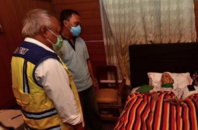 Usai 52 Tahun, Menteri Basuki Bertemu Lagi dengan Guru SMA-nya
