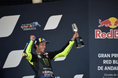 Tak Perlu Cemas, Valentino Rossi Masih Berpeluang Raih Podium Ke-200 di MotoGP