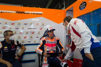 Perbandingan Lorenzo dengan Alex Marquez di Repsol Honda, Siapa Lebih Baik?