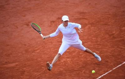 Jadi Kejutan dan Ciptakan Rekor, Iga Swiatek Juara Prancis Open 2020