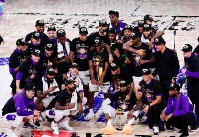 LA Lakers Tunda Pesta Juara NBA Akibat Covid-19