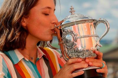 Manisnya Iga Swiatek, Atlet Tenis Pemenang Prancis Open 2020