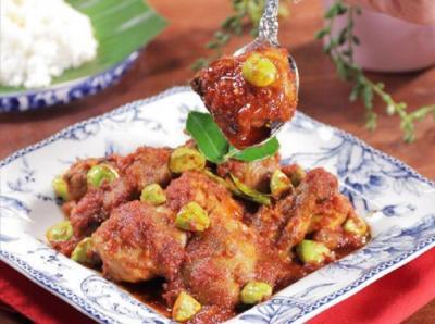 Resep Ayam Balado Petai, Pedasnya Nagih!