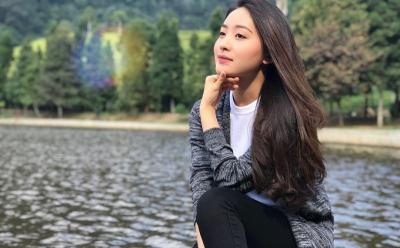 Natasha Wilona Ungkap Kedekatannya dengan Harris Vriza