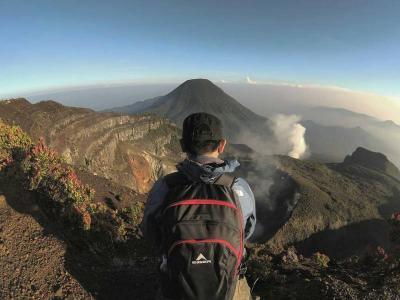 Kembali Dibuka, Ini 11 Protokol Pendakian Gunung Gede Pangrango