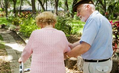 4 Ciri Fisik Seseorang Mengalami Osteoporosis