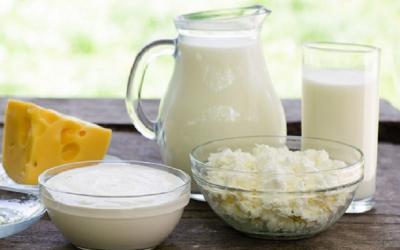 Tips Memenuhi Kebutuhan Kalsium dan Vitamin D untuk Mencegah Osteoporosis