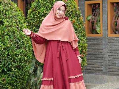 Inspirasi Tampil Modis dengan Hijab Syari ala Anisa Rahma