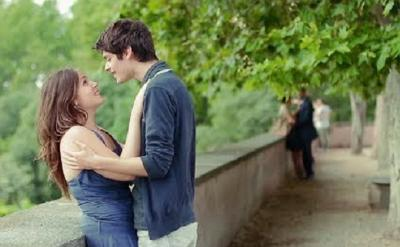 Asyik Ciuman di Tempat Umum, Pasangan Ini Didenda Rp7 Juta