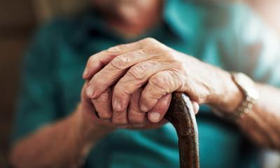 Mengharukan, Pasangan Lansia Ini Bertemu Kembali Usai Berpisah 215 Hari Akibat Pandemi