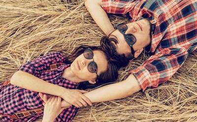 5 Tanda Anda Jatuh Cinta kepada Kekasih
