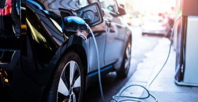 Mobil Listrik Mungil Ini Cukup Isi Baterai Seminggu Sekali