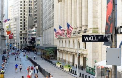 Bursa Saham AS Melemah Jelang Debat Capres