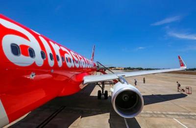 6 Bulan Tak Digaji dan Ditelantarkan, Karyawan Gugat AirAsia