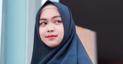 Ria Ricis Ungkap Kronologi Penarikan Hijab di Parkiran Mal