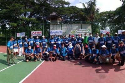 Ketua Pelti Jabar Buka Turnamen Tenis yang Diadakan STC