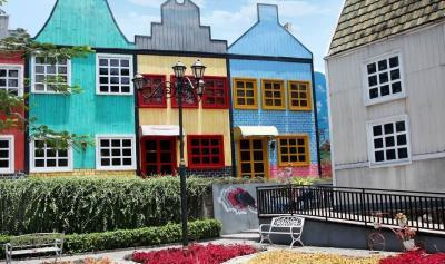 Devoyage Bogor, Kampung Eropa Instagramable yang Lagi Hits